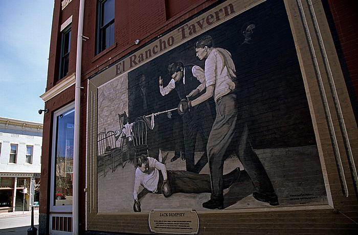 Main Avenue / 10th Street: El Rancho Tavern Durango