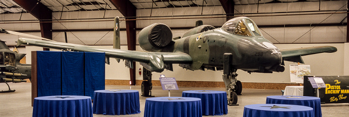 Tucson Pima Air & Space Museum: Spirit of Freedom Hangar - Fairchild Republic A-10 Thunderbolt II (Warthog)