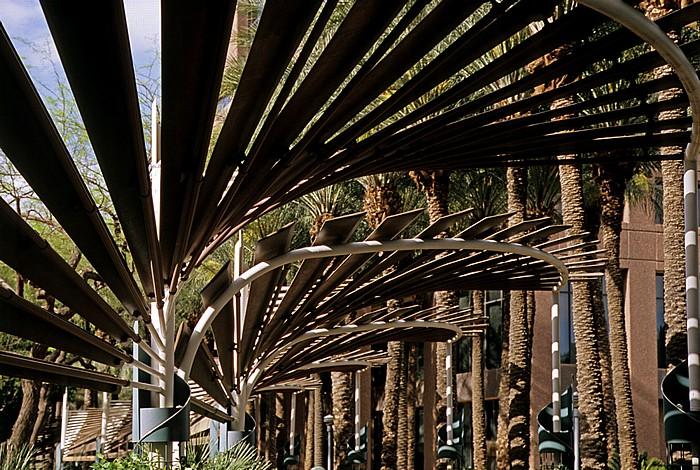 Downtown Phoenix: Arizona Center Phoenix
