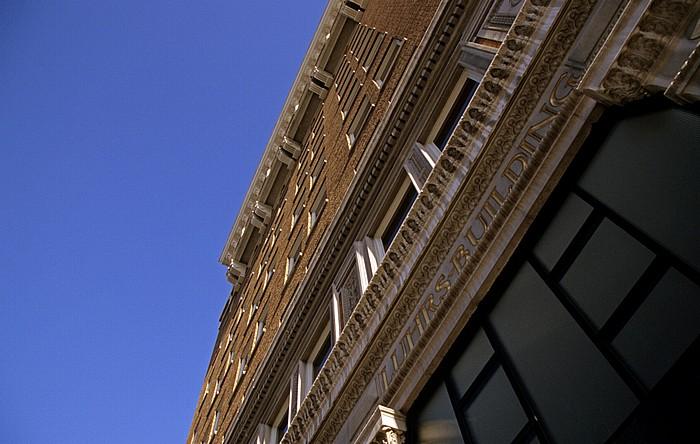 Downtown Phoenix: Luhrs Building Phoenix