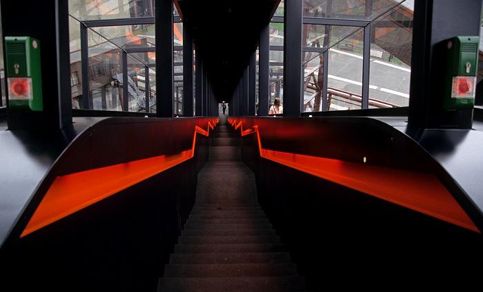 Essen Zeche Zollverein: Rolltreppe zum Eingang des Ruhr Museums (Kohlenwäsche)