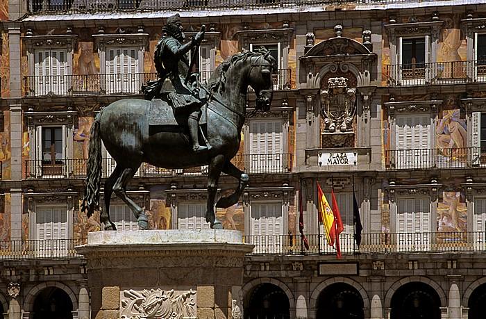 Madrid Plaza Mayor: Reiterstandbild von Philipp III. Casa de la Panadería