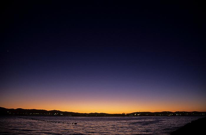 Kurz nach Sonnenuntergang: Bahía de Algeciras (Bay of Gibraltar)