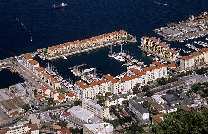 Blick vom Fels von Gibraltar: Cormoran Camber, Bahía de Algeciras (Bay of Gibraltar)