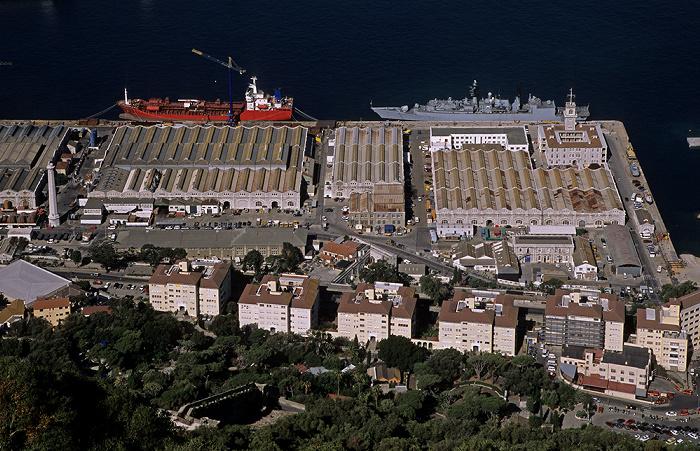 Blick vom Fels von Gibraltar: Hafenanlagen, Bahía de Algeciras (Bay of Gibraltar)