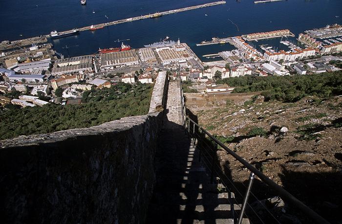 Fels von Gibraltar: Mauer Karls V. Bay of Gibraltar Cormoran Camber