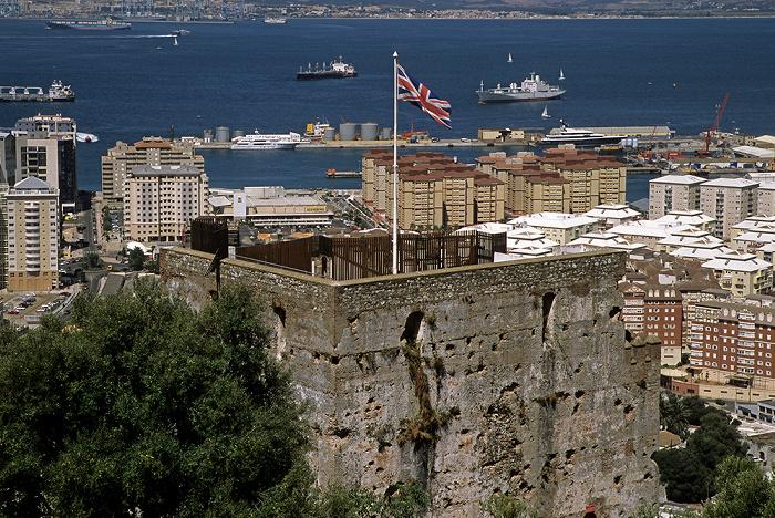 Fels von Gibraltar: Maurische Burg (Moorish Castle) Bay of Gibraltar