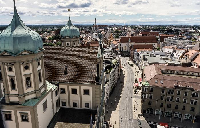 Blick vom Turm von St. Peter am Perlach: Augsburger Rathaus und Maximilianstraße Basilika St. Ulrich und Afra St. Moritz