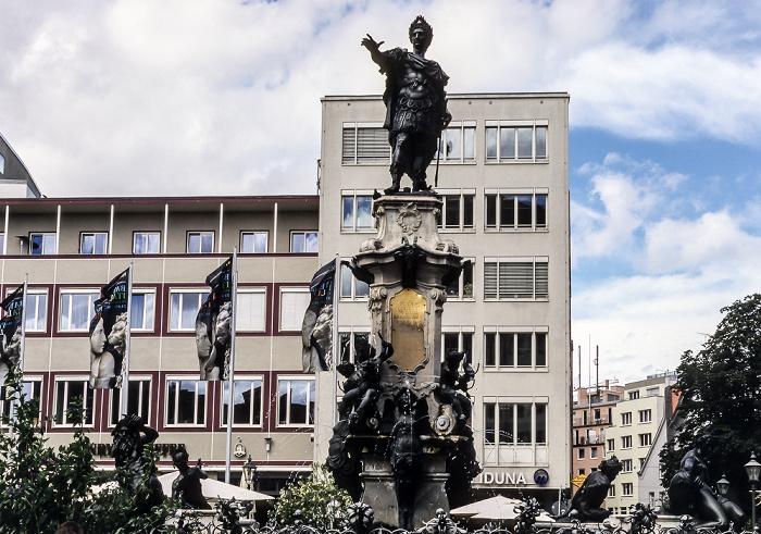 Augsburg Rathausplatz: Augustusbrunnen