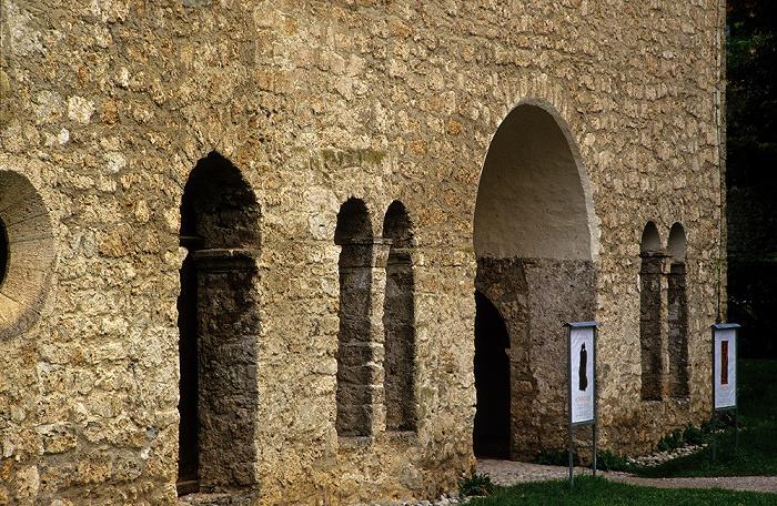 Fraueninsel Kloster Frauenwörth: Karolingische Torhalle