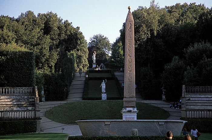 Florenz Boboli-Garten (Giardino di Boboli): Amphitheater mit ägyptischem Obelisken
