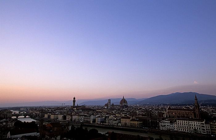 Florenz Blick vom Piazzale Michelangelo Arno Baptisterium Basilica di Santa Croce Campanile Dom Palazzo Vecchio