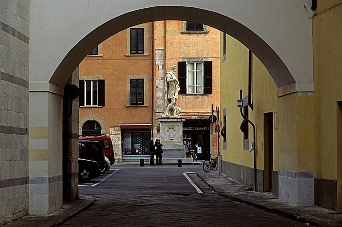 Pisa Via San Nicola Piazza Francesco Carrara