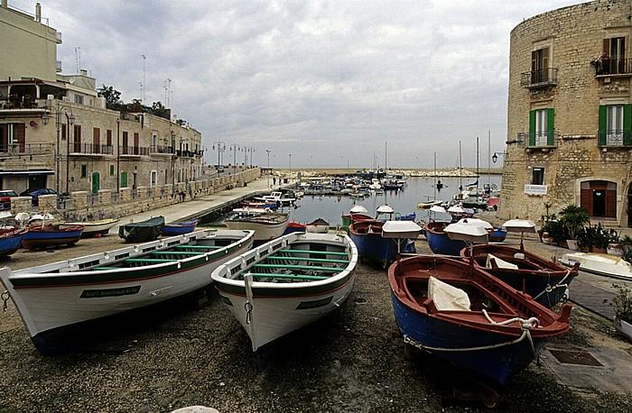 Giovinazzo Centro Storico, Hafen