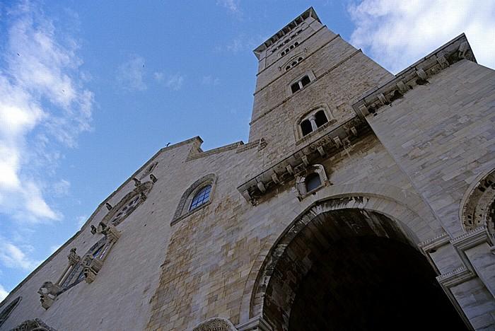 Trani Cattedrale di San Nicola Pellegrino: Glockenturm