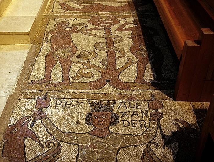 Trani Cattedrale di San Nicola Pellegrino: Querschiff