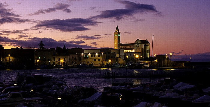 Hafen (Marina Trani), Cattedrale di San Nicola Pellegrino