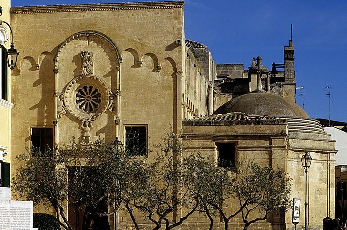 Matera Rione Piano: Piazza Vittorio Veneto - Chiesa di San Domenico
