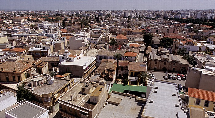 Griechische Altstadt: Blick vom Shakolas-Turm in Richtung Osten Nikosia