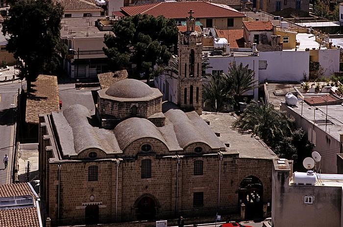 Nikosia Griechische Altstadt: Blick vom Shakolas-Turm: Agios-Tripiotis-Kirche