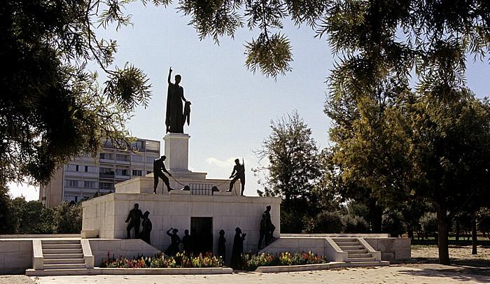 Nikosia Griechische Altstadt: Befreiungsdenkmal auf der Podocataro-Bastion