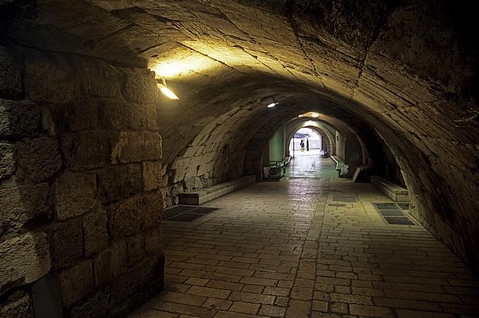Altstadt: Westmauer-Tunnel zur Western Wall Plaza Jerusalem