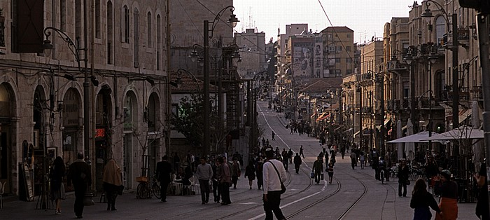 Downtown: Jaffa Road mit den Schienen der Jerusalem Light Rail Transit