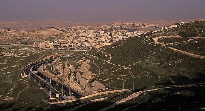 Blick vom Skopus (Mount Scopus): az-Za'ayyem (Westjordanland) Jerusalem