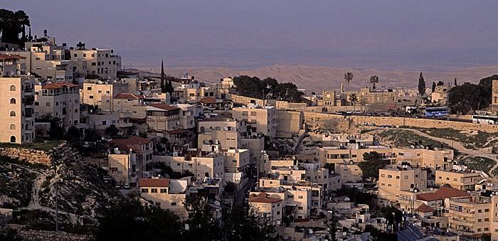 Blick vom Ölberg: At-Tur Jerusalem