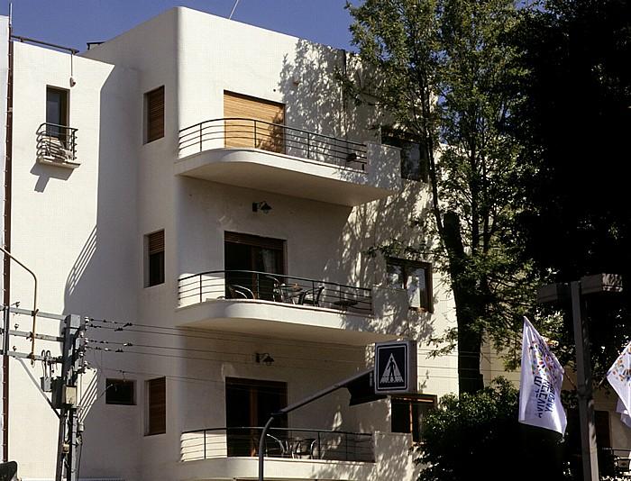 Tel Aviv Weiße Stadt (Bauhausarchitektur): Rothschild Boulevard (Sderot Rotshild)