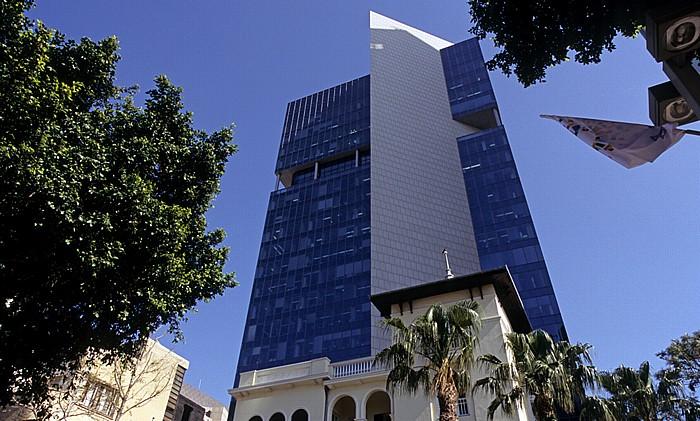 Tel Aviv Rothschild Boulevard (Sderot Rotshild) (Weiße Stadt, Bauhausarchitektur): Russische Botschaft Alrov Tower