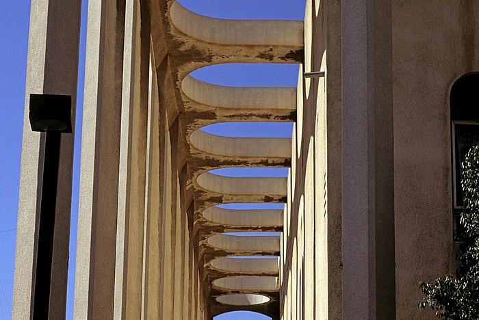 Tel Aviv Weiße Stadt (Bauhausarchitektur): Große Synagoge (Beit Knesset Hagadol)
