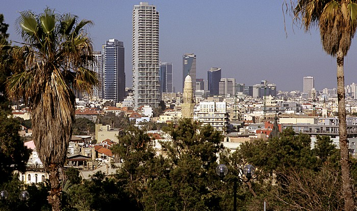 Tel Aviv Alt-Jaffa: Blick vom Ha-Pisga-Park auf das Stadtzentrum Bank Discount Tower Elco Tower Israel Electricity Company Tower Levinstein Tower Neve Tzedek Tower Sonol Tower