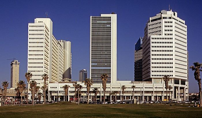 Tel Aviv Charles Clor Park and Beach, Textile Center Complex