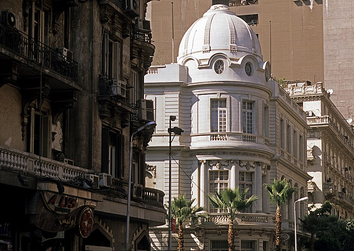 Kairo Bab al-Louq: Talaat Harb Road - Egyptian Diplomatic Club