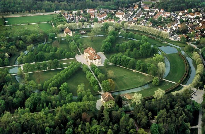 Oberschleißheim Luftbild aus Zeppelin: Schlossanlage Schleißheim - Schlosspark, Schloss Lustheim Pavillon Renatuskapelle Pavillon Schöner Stall Schlosspark Schleißheim