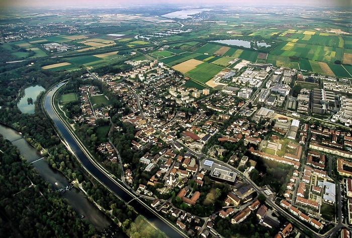 Unterföhring Luftbild aus Zeppelin Autobahnring A 99 Feringasee Isar Mittlere-Isar-Kanal Poschinger Weiher