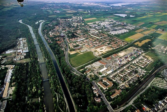 Unterföhring Luftbild aus Zeppelin Feringasee Gewerbegebiet Neubruchstraße Isar Mitterfeldallee Mittlere-Isar-Kanal Münchner Straße