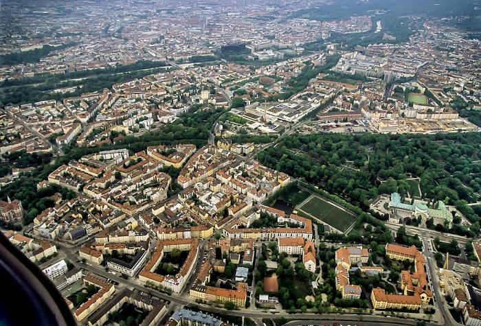 Luftbild aus Zeppelin: Giesing - Ostfriedhof München