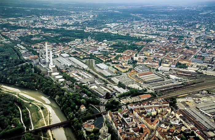 Luftbild aus Zeppelin: Sendling -  Isar mit Flaucher, Heizkraftwerk München-Süd, Großmarkthalle, Bahnhof München Süd München