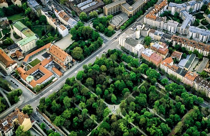 Luftbild aus Zeppelin: Ludwigsvorstadt-Isarvorstadt - Alter Südfriedhof, Kapuzinerstraße München