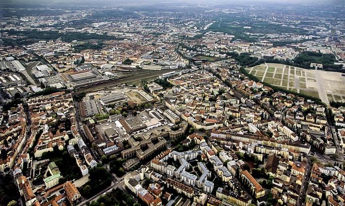 Luftbild aus Zeppelin: Sendling München 2011