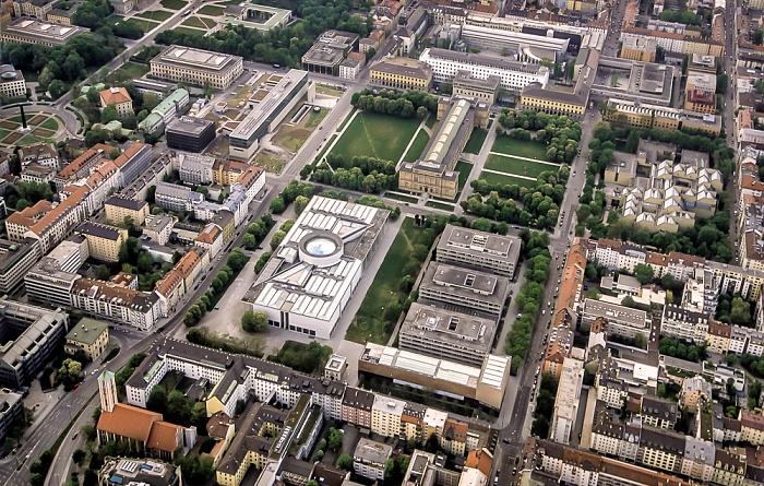 Luftbild aus Zeppelin: Kunstareal München in der Maxvorstadt - Pinakotheken München 2011