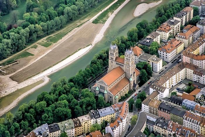 Luftbild aus Zeppelin: Ludwigsvorstadt-Isarvorstadt mit Isar und St. Maximilian München