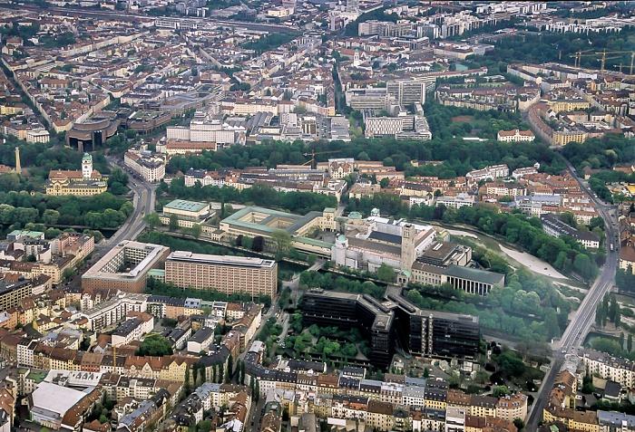 Luftbild aus Zeppelin: Au-Haidhausen, Isar, Ludwigsvorstadt-Isarvorstadt (von oben) München