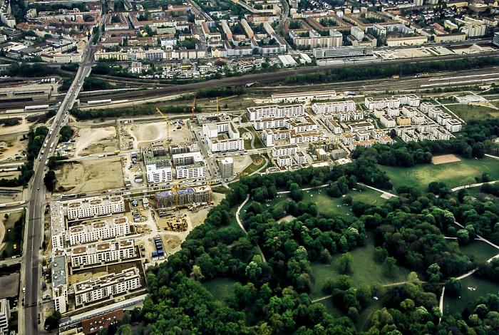 Luftbild aus Zeppelin: Neuhausen-Nymphenburg - Neubaugebiet Am Birketweg und Hirschgarten München 2011