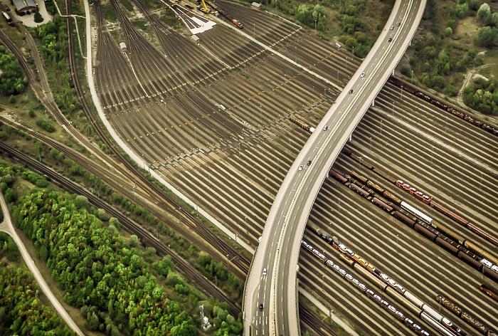 Luftbild aus Zeppelin: Moosach - Rangierbahnhof München Nord, Dachauer Straße