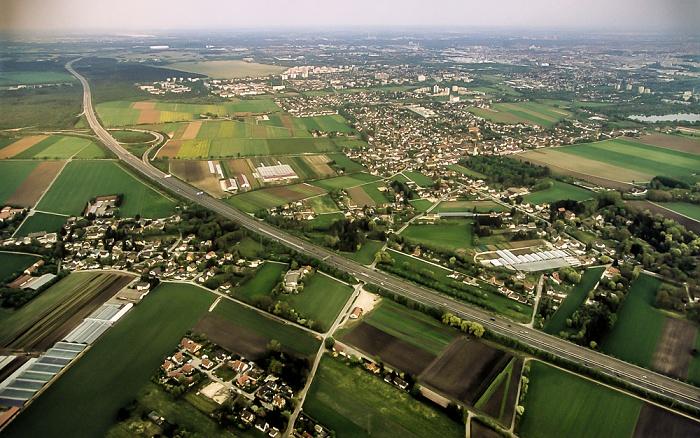 München Luftbild aus Zeppelin: Feldmoching-Hasenbergl - Autobahnring A 99 Autobahndreieck München-Feldmoching Fasaneriesee