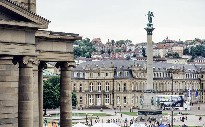 Stuttgart Schloßplatz mit Jubiläumssäule Königsbau Neues Schloss