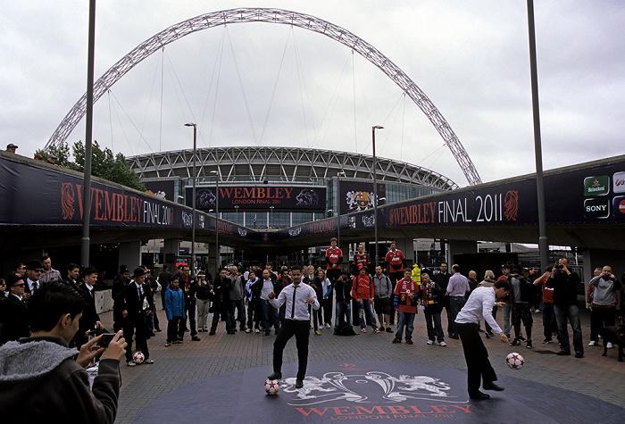 London Wembley Park: Olympic Way (Wembley Way) Wembley-Stadion
